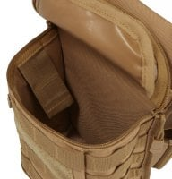 Leg bag with MOLLE system 15