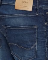 Blue washed jeans slim 8