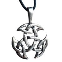 Celtic knot in 925 sterling silver