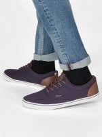Navy blue sneakers with brown details 1