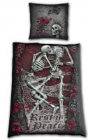 Cloth cover with skull pressure
