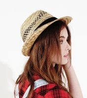 Straw hat with black ribbon 2