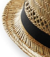 Straw hat with black ribbon 6