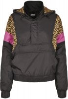 Black anorak with leopard pattern lady front