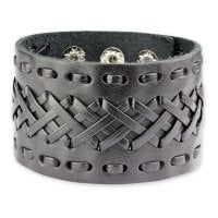 Wide leather bracelet with braid