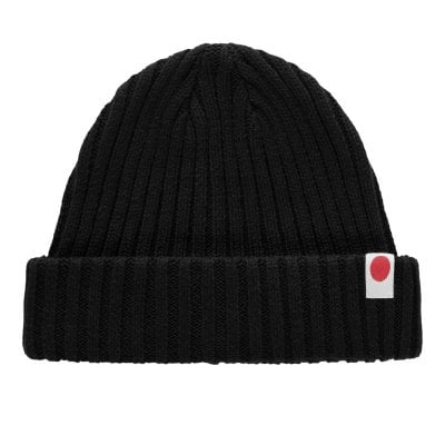 Short beanie knitted 1