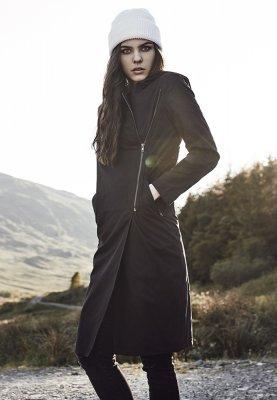 svart kappa
