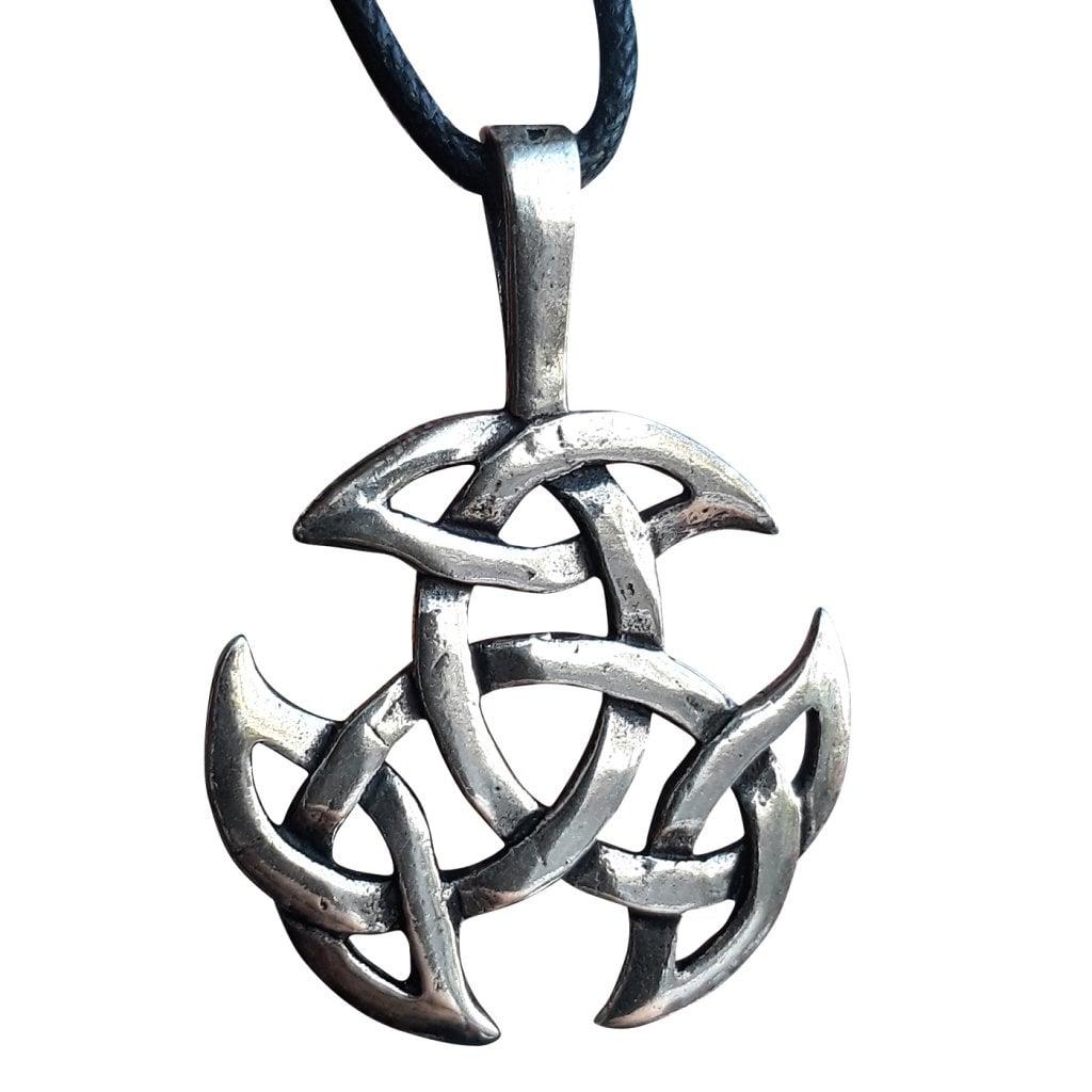 läderhalsband med silverhänge